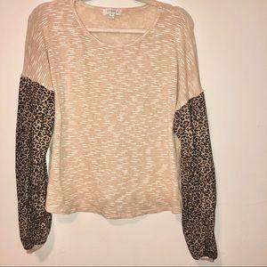 Umgee cream&leopard print color block sweater XL